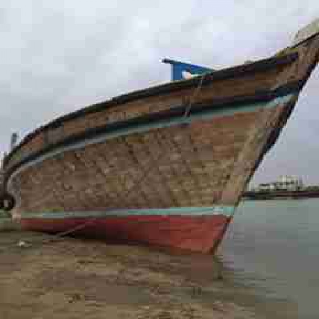 فروش لنج چوبی ۱۲۰ تنی - موتور میتسبوشی ۳۵۵