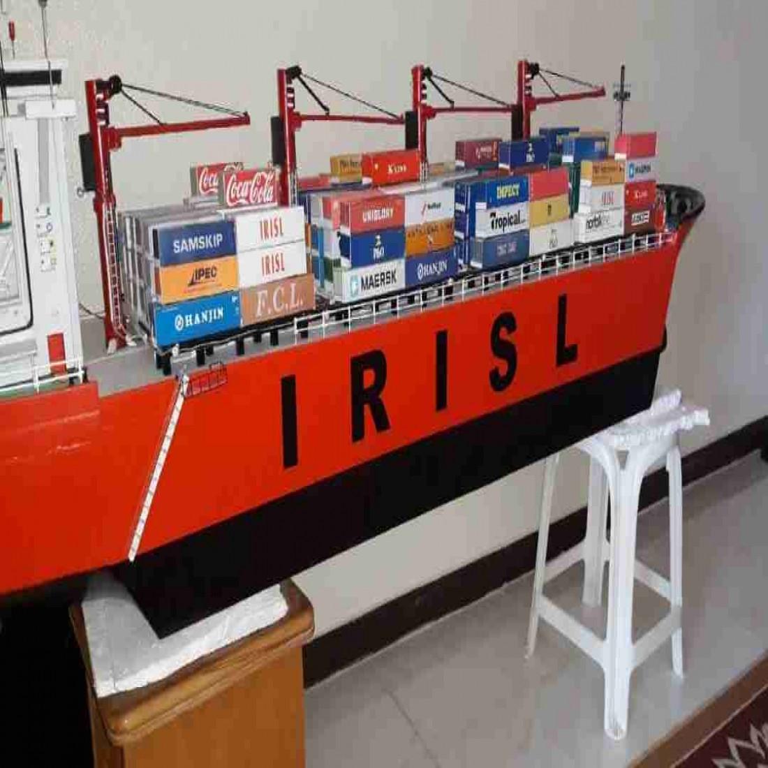 ساخت ماکت کلیه سازهای دریایی