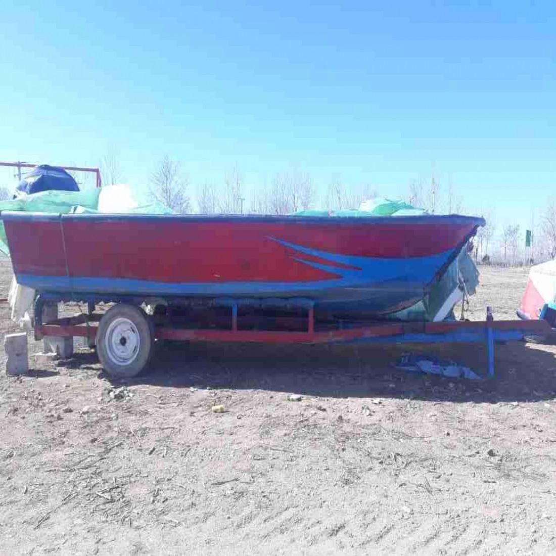 فروش 2 عدد قایق17 فوت