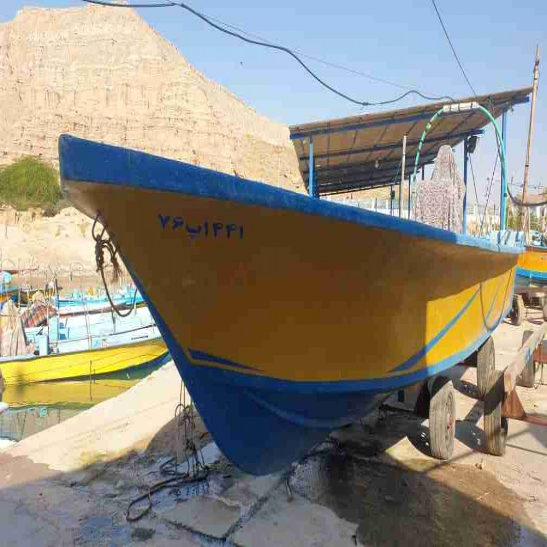 فروش قایق ۲۷ فوت تمیز