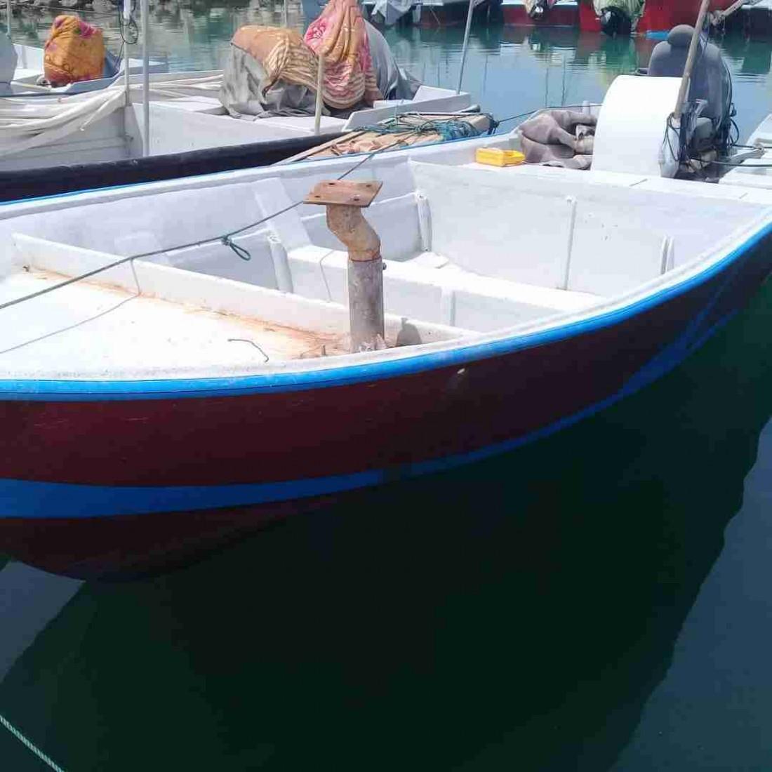 فروش قایق 27 فوت باموتور