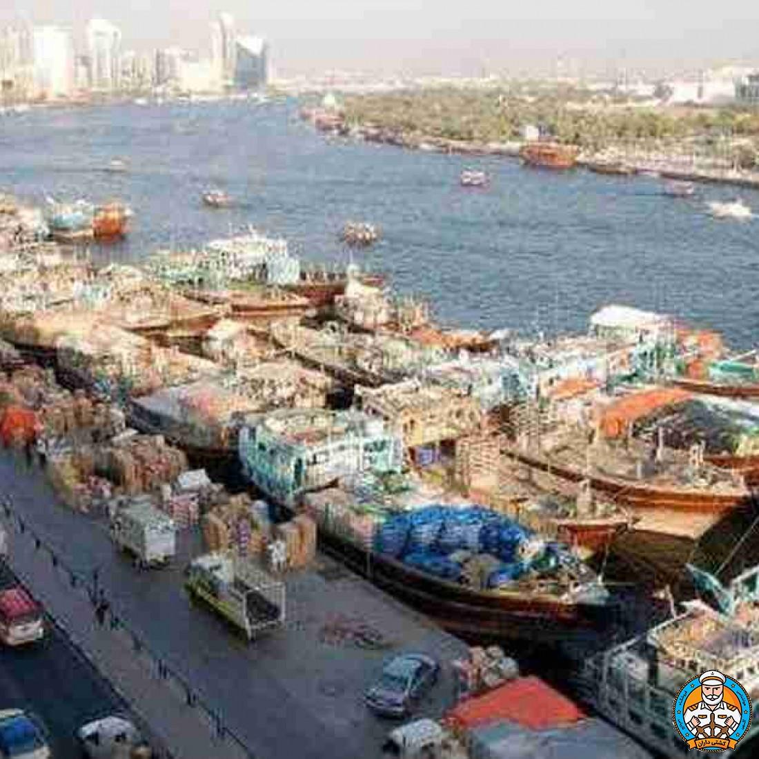 ثبت ورود و خروج لنج های باری به دبی