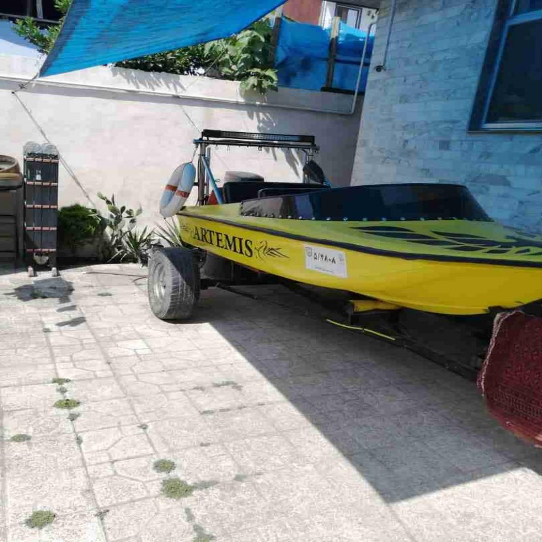 قایق تفریحی فرمانی موتور 48یاماها