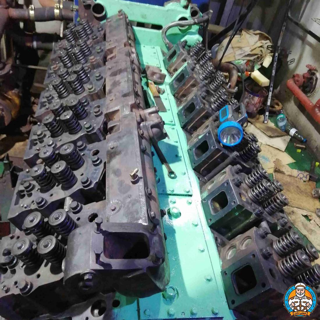 تعمیر انواع موتور های دریایی و  کمپرسور ها